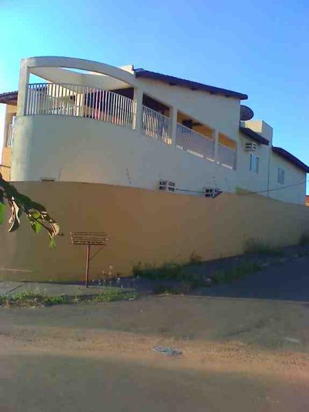 http://www.imoveltop.com.br/imagens/imovel/10/00388/00388032.jpg