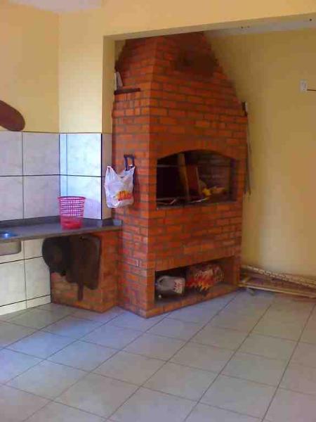 http://www.imoveltop.com.br/imagens/imovel/10/00388/00388052.jpg