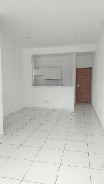 http://www.imoveltop.com.br/imagens/imovel/10/01245/0124500420210204.jpg