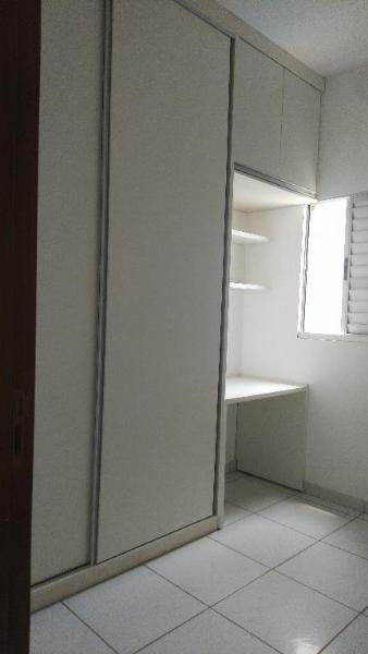http://www.imoveltop.com.br/imagens/imovel/10/01245/0124500720210204.jpg