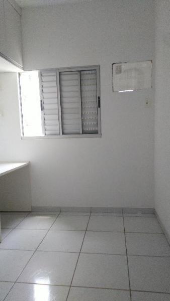 http://www.imoveltop.com.br/imagens/imovel/10/01245/0124500820210204.jpg