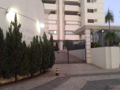 Apartamento para aluguel,  com 3 quartos no Duque de Caxias em Cuiabá MT 101 10717