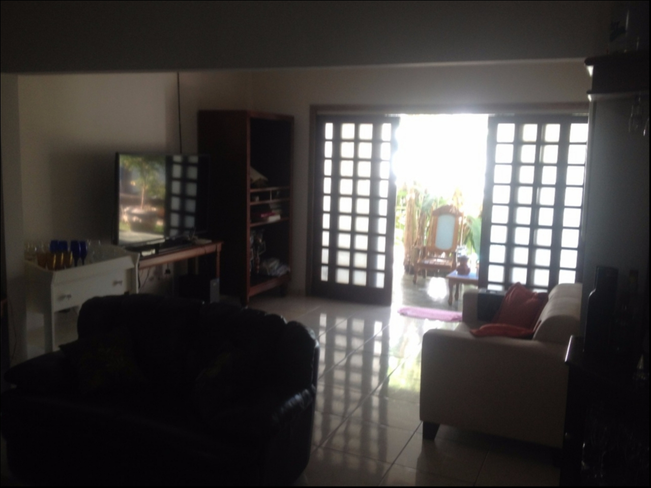 Casa  com 4 quartos sendo 3 Suítes no Jardim Itália, Cuiabá  - MT