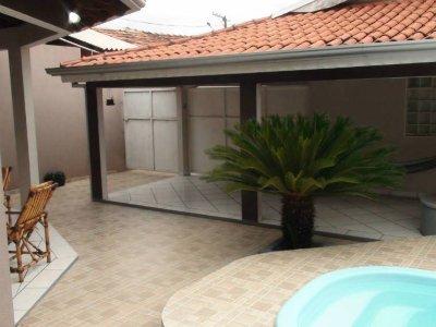 Casa à venda,  com 4 quartos sendo 1 suite no COHAB CANELAS em Várzea Grande MT 101 10780
