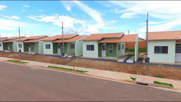 Casa à venda,  com 2 quartos em Várzea Grande MT 101 10882