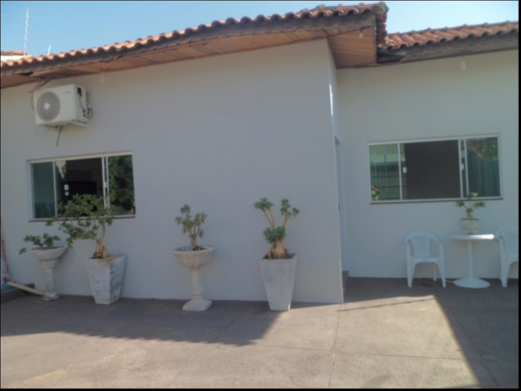 Casa à venda,  com 3 quartos sendo 1 suite no SANTA AMALIA em Cuiabá MT 101 11147