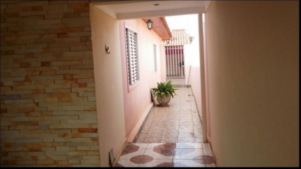 Casa à venda,  com 3 quartos sendo 1 suite no JARDIM IMPERIAL em Cuiabá MT 101 11187