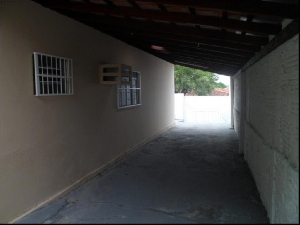 Casa  com 3 quartos sendo 1 Suíte no Jardim Santa Isabel, Cuiabá  - MT
