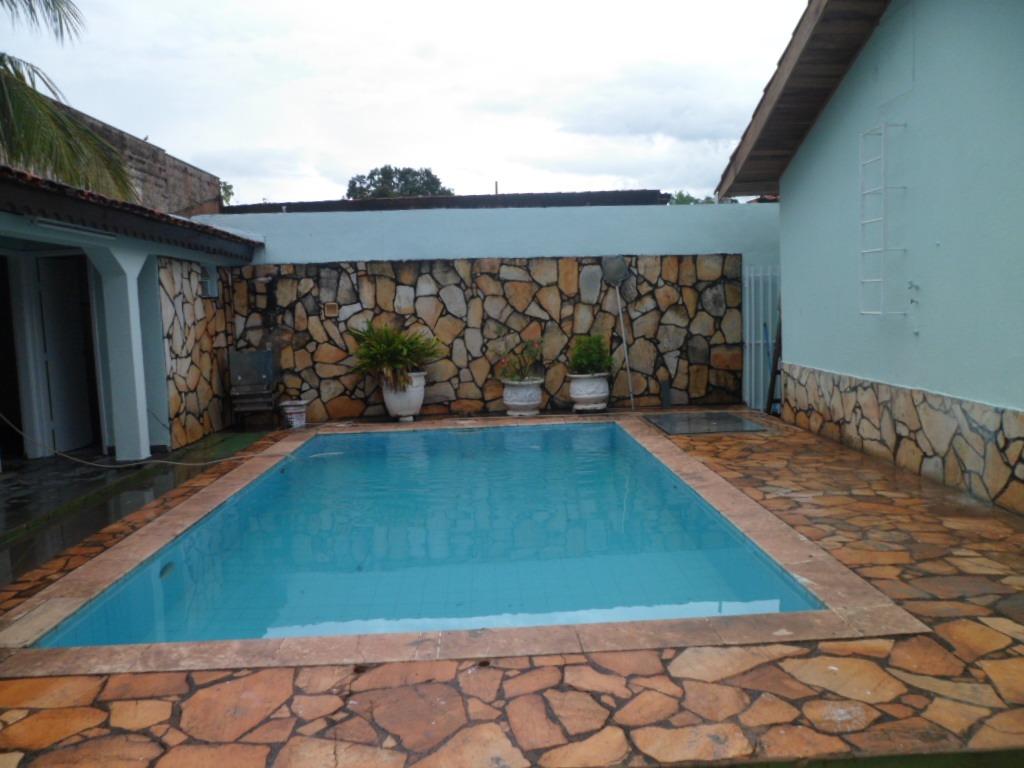 Apartamento  com 3 quartos sendo 1 Suíte no JARDIM GRAMADO, Cuiabá  - MT