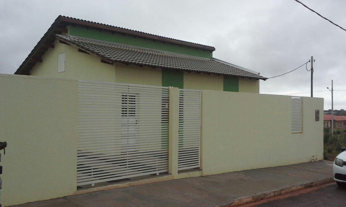 Casa à venda,  com 2 quartos no PAIAGUÁS SANTA FÉ em Cuiabá MT 101 11437