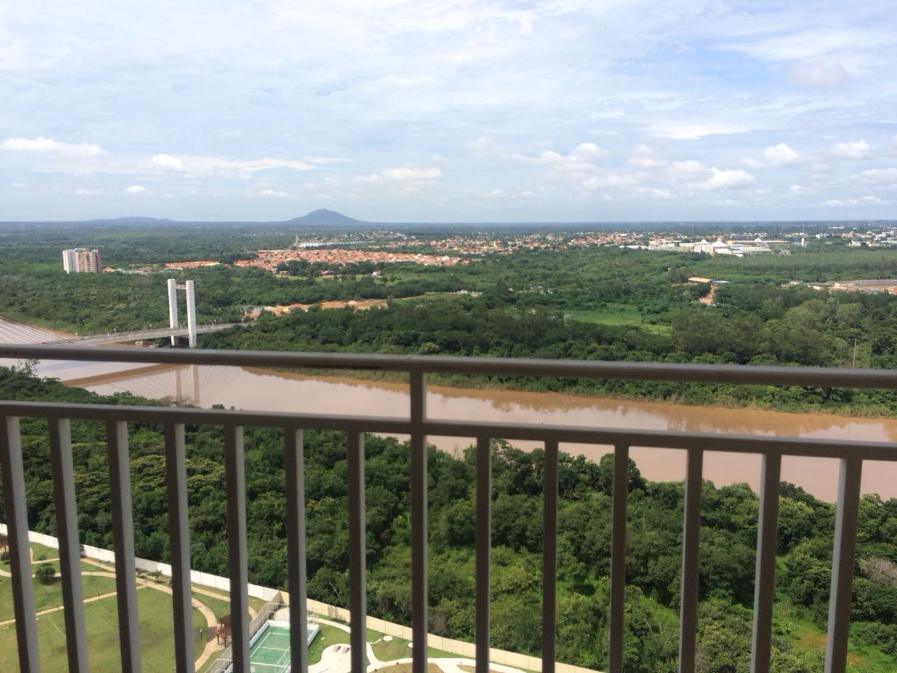 Apartamento para aluguel,  com 3 quartos sendo 1 suite no GRANDE TERCEIRO em Cuiabá MT 101 11459