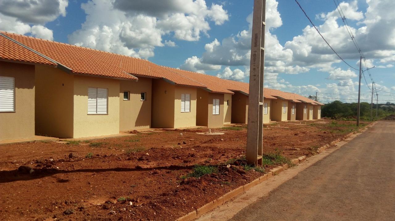 Casa para aluguel,  com 2 quartos no PAIAGUÁS  em Várzea Grande MT 101 11548