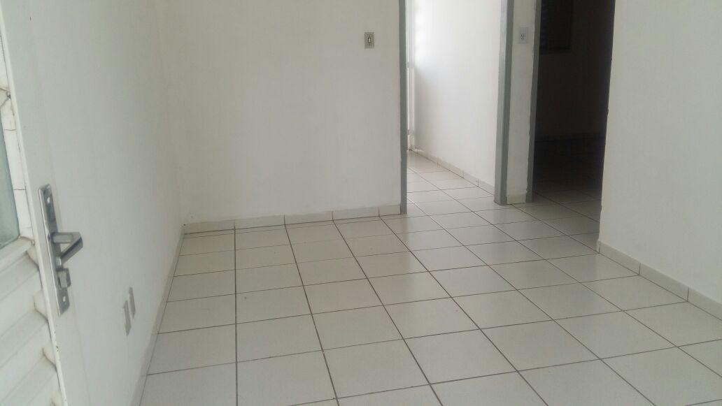 Casa para aluguel,  com 2 quartos no JARDIM MOSSORO em Cuiabá MT 101 11549