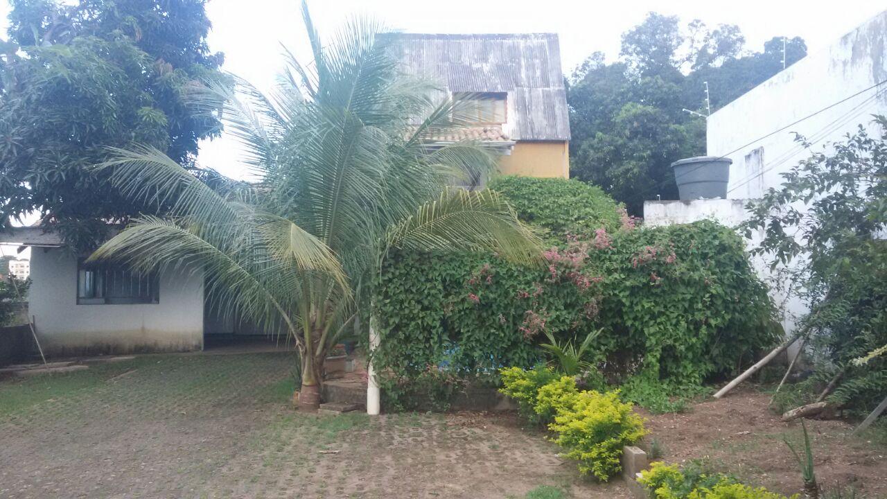 Casa para aluguel,  com 4 quartos sendo 4 suites no Araés em Cuiabá MT 101 11640