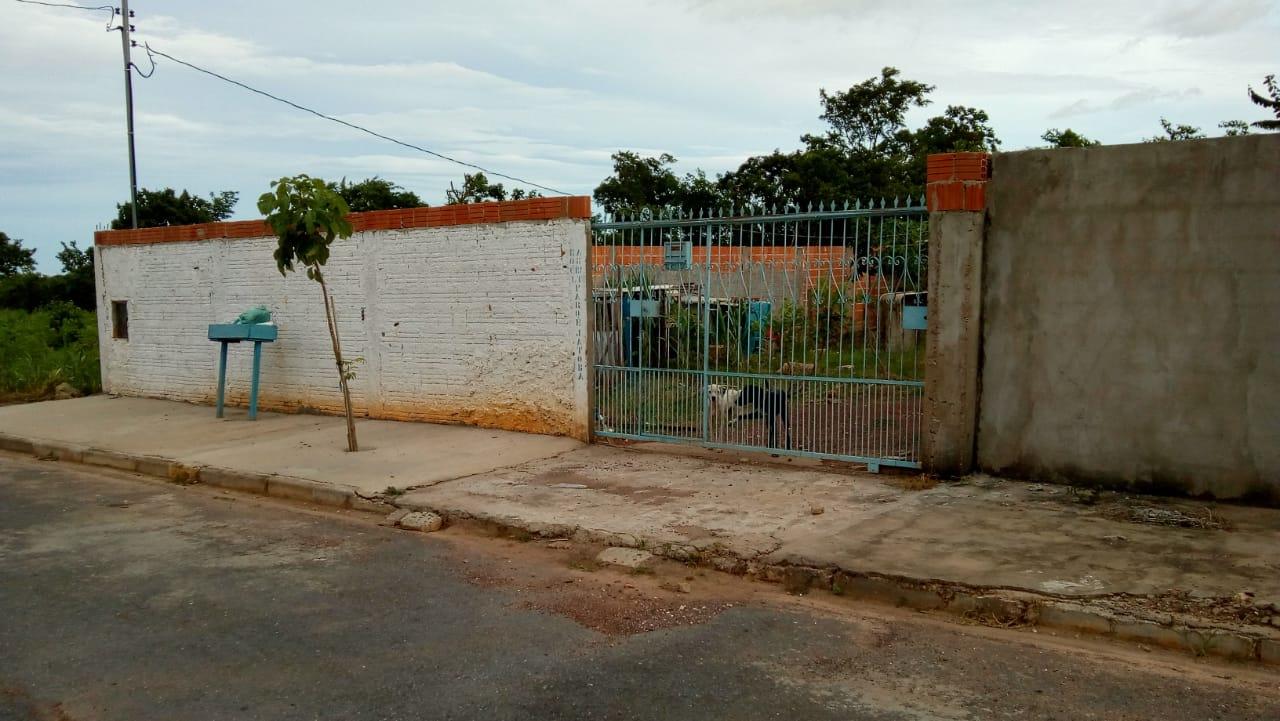 Terreno à venda,  com 1 quarto no GUARITA em Várzea Grande MT 101 11911