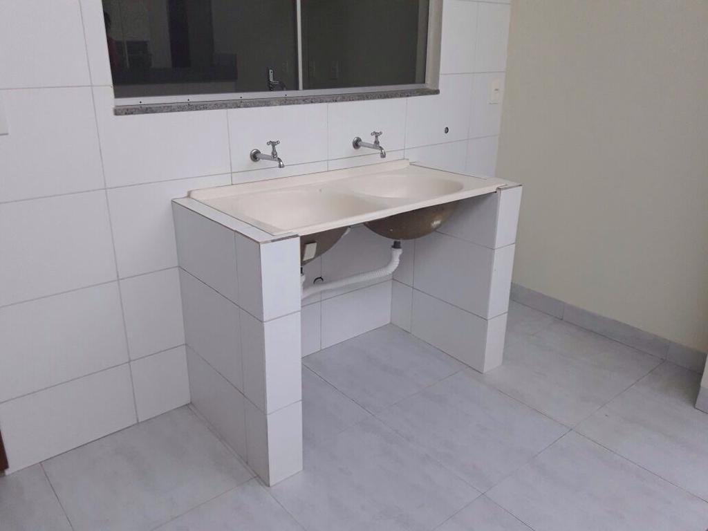 Casa  com 3 quartos sendo 1 Suíte no Jardim Itália, Cuiabá  - MT
