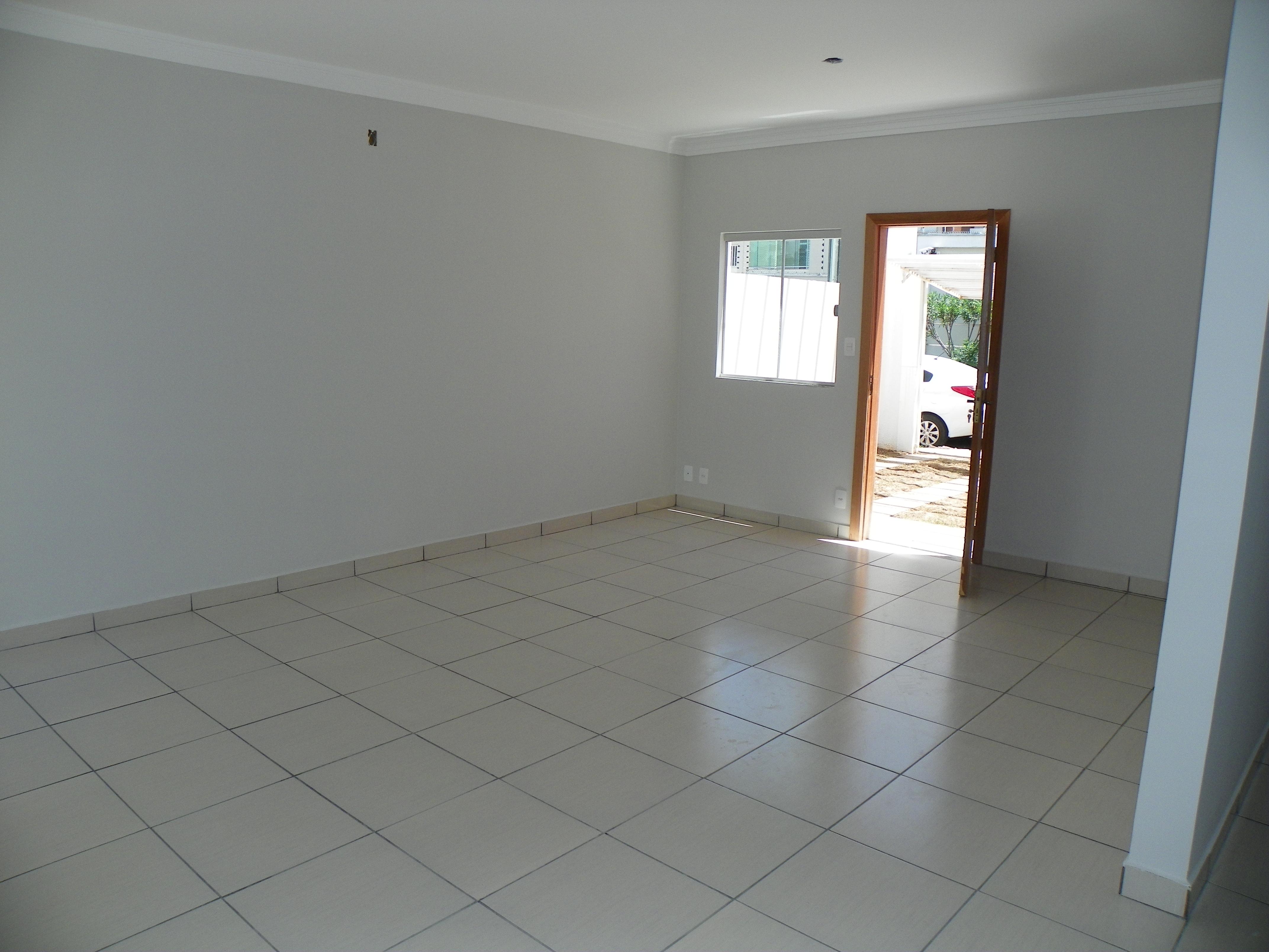 Casa à venda,  com 2 quartos sendo 1 suite no SANTA ROSA em Cuiabá MT 101 11968