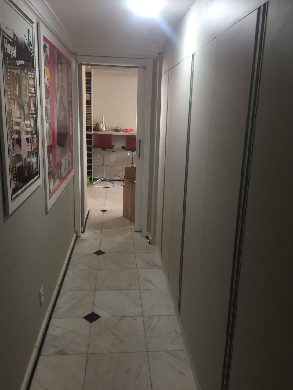 Apartamento  com 3 quartos sendo 3 Suítes no Alvorada, Cuiabá  - MT