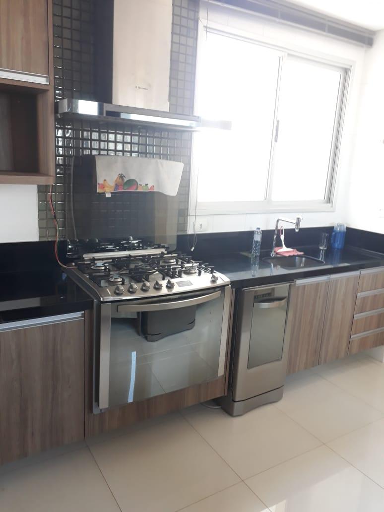 Apartamento à venda,  com 3 quartos sendo 3 suites no Jardim das Américas em Cuiabá MT 101 12034