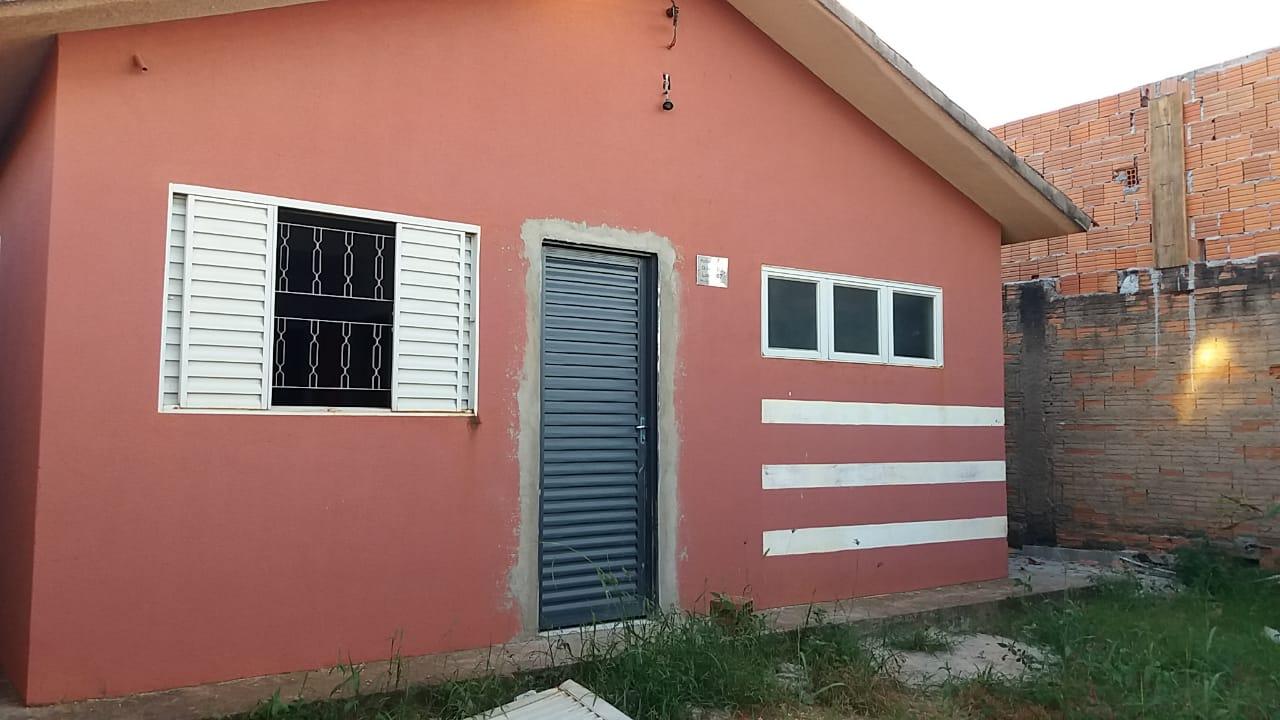 Casa para aluguel,  com 3 quartos no Novo Mundo em Várzea Grande MT 101 12067