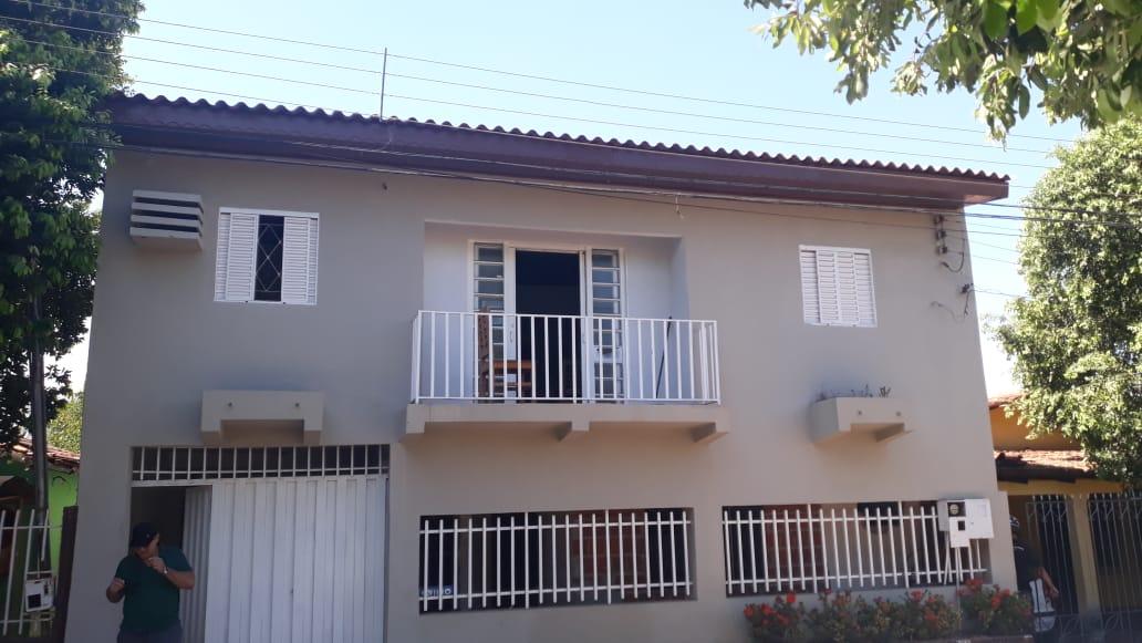 Casa  com 4 quartos sendo 3 Suítes no COHAB ASA BELA, Várzea Grande  - MT