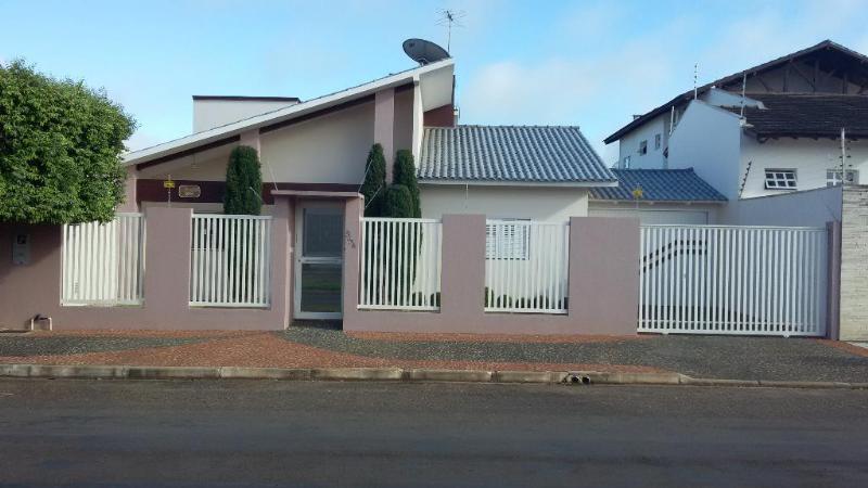 Casa  com 3 quartos sendo 1 Suíte no Jardim Riva II, Primavera do Leste  - MT