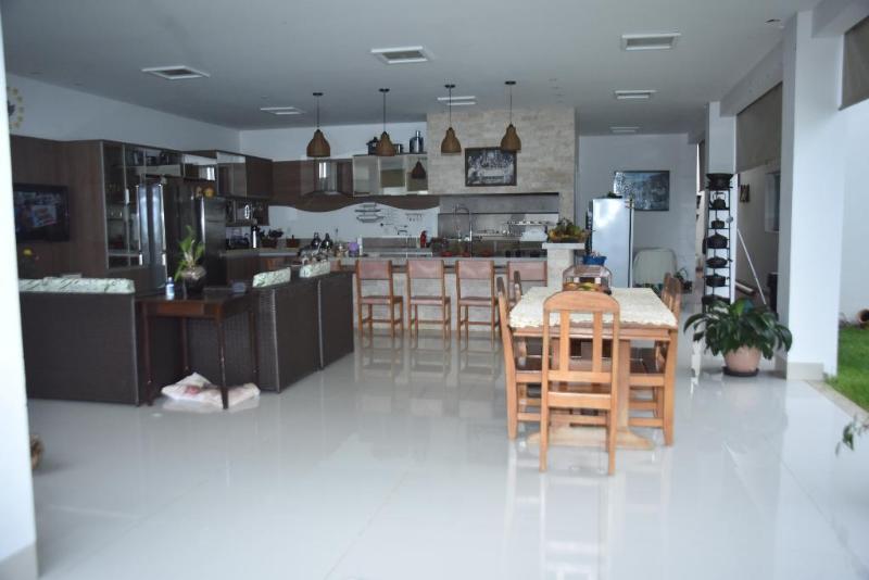Casa  com 3 quartos sendo 3 Suítes no Primavera II, Primavera do Leste  - MT