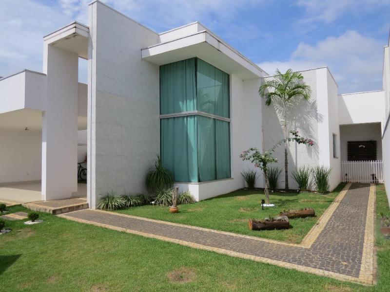 Casa  com 3 quartos sendo 1 Suíte no Jardim Luciana, Primavera do Leste  - MT