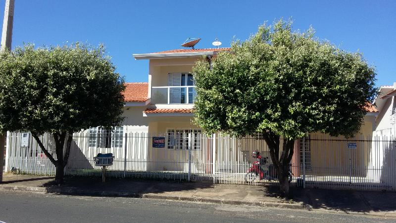 Casa  com 4 quartos sendo 1 Suíte no Jardim Riva, Primavera do Leste  - MT