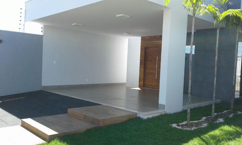 Casa  com 3 quartos sendo 3 Suítes no Jardim Parque das Aguas, Primavera do Leste  - MT