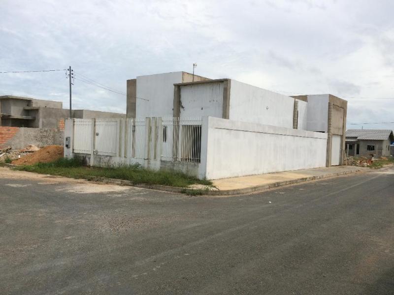 Casa  com 3 quartos sendo 2 Suítes no Buritis II  -  Expansão, Primavera do Leste  - MT