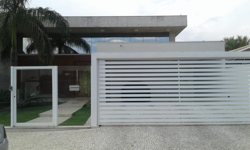 Casa  com 3 quartos sendo 3 Suítes no Jardim Riva, Primavera do Leste  - MT
