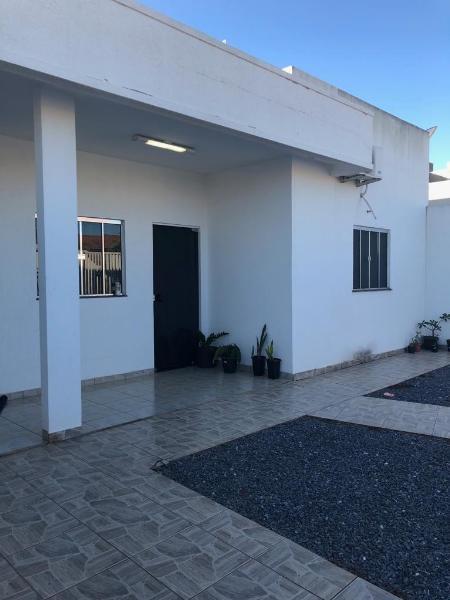 Casa  com 2 quartos sendo 1 Suíte no Jardim Luciana, Primavera do Leste  - MT