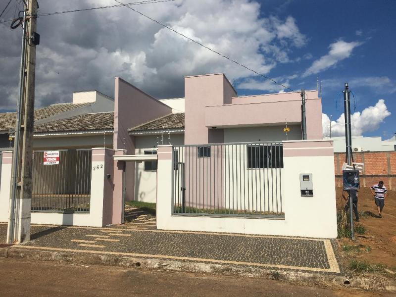 Casa  com 4 quartos sendo 2 Suítes no Jardim das Americas, Primavera do Leste  - MT