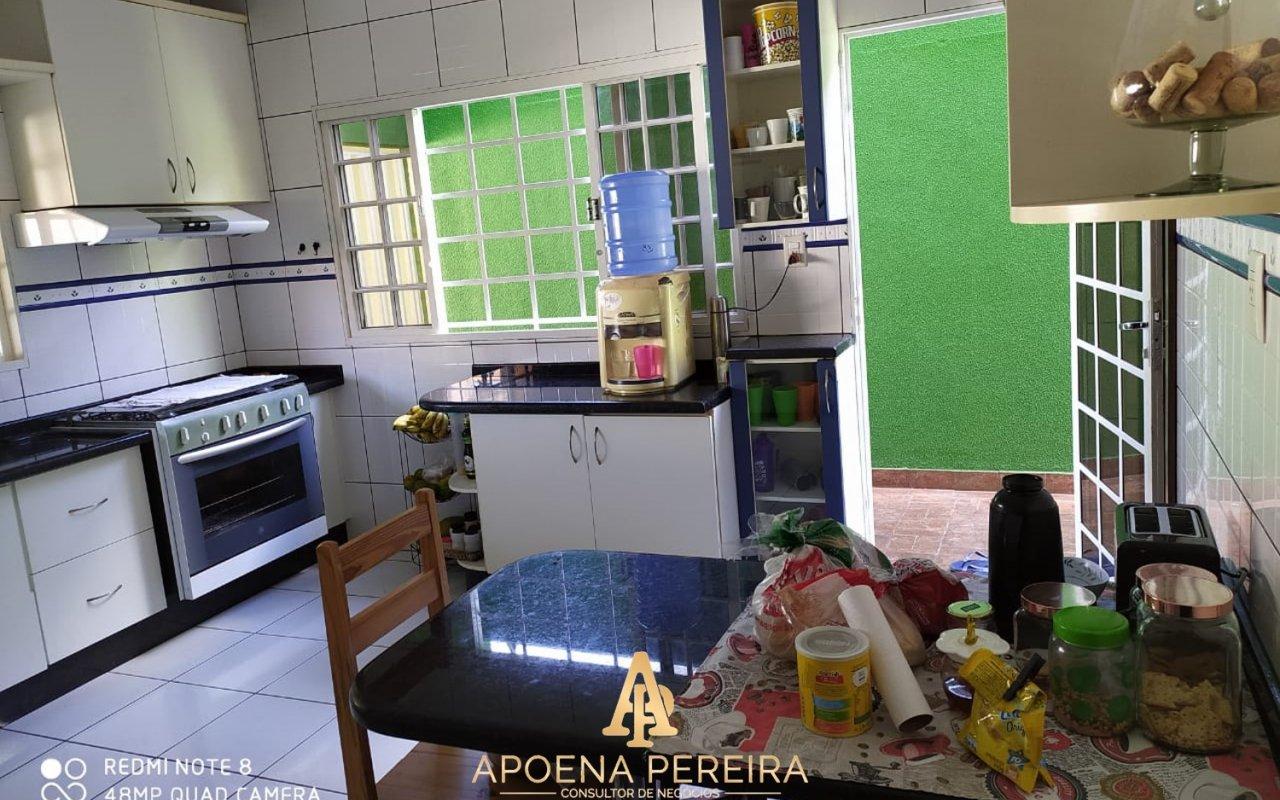 http://www.imoveltop.com.br/imagens/imovel/121/10037/20210415_221230_760582.jpg