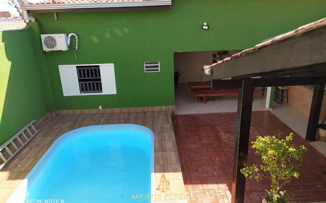 http://www.imoveltop.com.br/imagens/imovel/121/10037/20210415_221724_463925.jpg