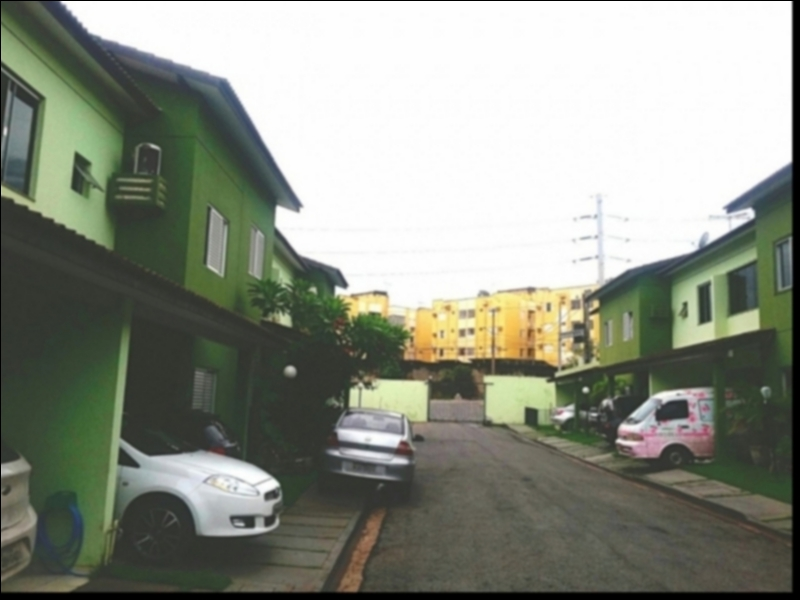 Casa Cond. Fechado  com 3 quartos sendo 1 Suíte no Cidade Alta, Cuiabá  - MT