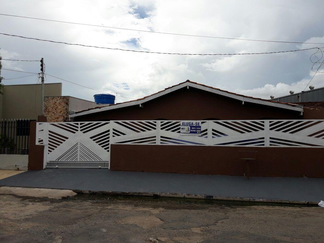 Casa  com 3 quartos sendo 2 Suítes no Bela Marina, Cuiabá  - MT