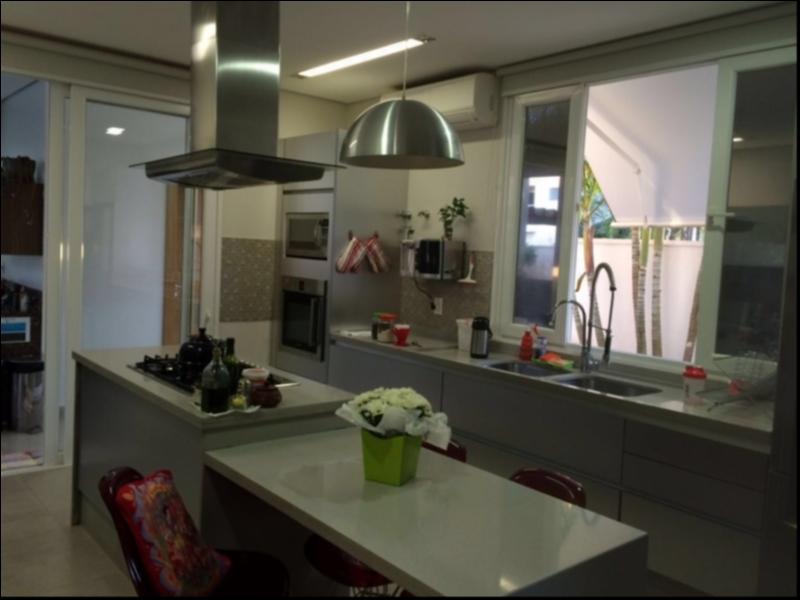 Casa Cond. Fechado  com 3 quartos sendo 3 Suítes no Alphaville I, Cuiabá  - MT