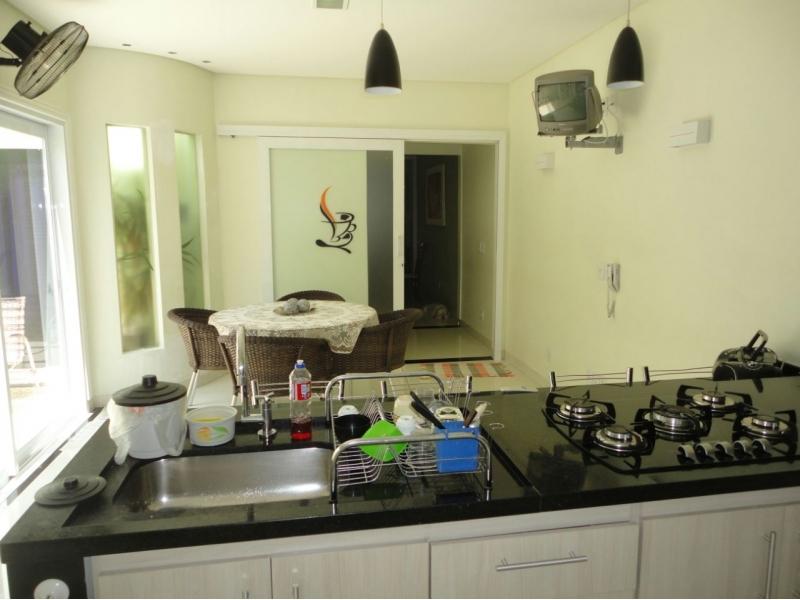 Casa Cond. Fechado  com 3 quartos sendo 1 Suíte no MONTE LIBANO, Cuiabá  - MT