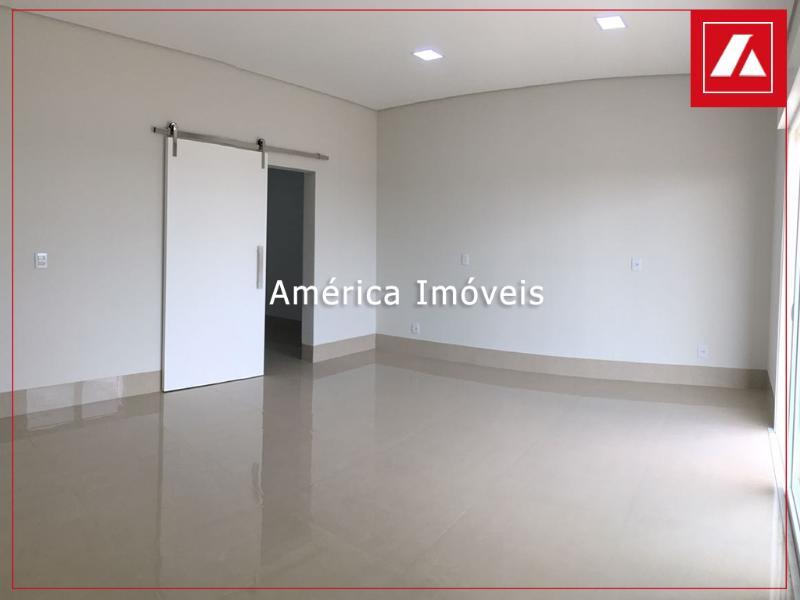 http://www.imoveltop.com.br/imagens/imovel/183/00555/13.2.jpg