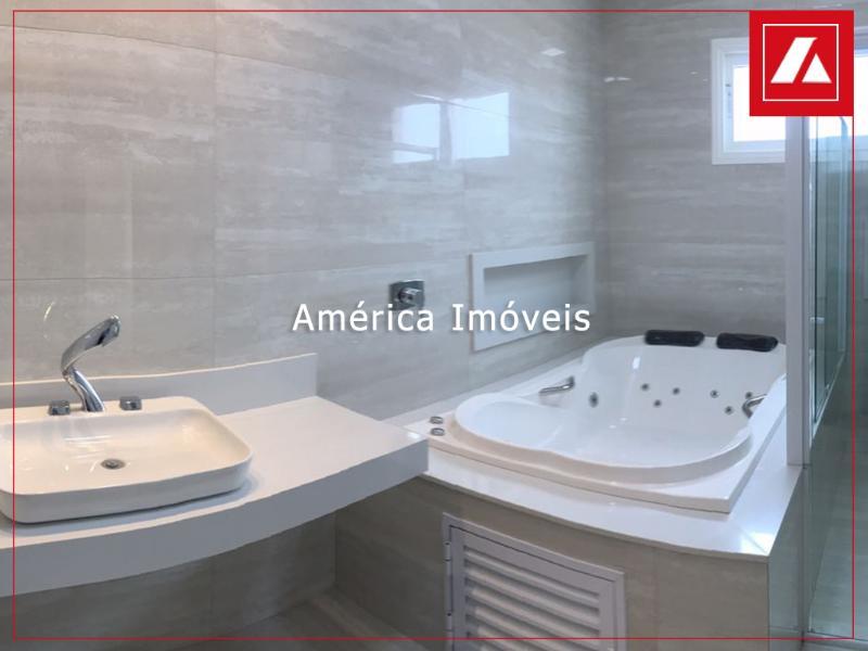 http://www.imoveltop.com.br/imagens/imovel/183/00555/13.6.jpg