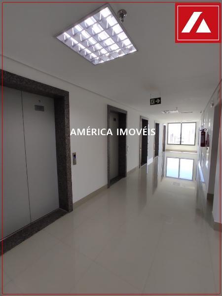 http://www.imoveltop.com.br/imagens/imovel/183/00821/0082100520210430.jpg