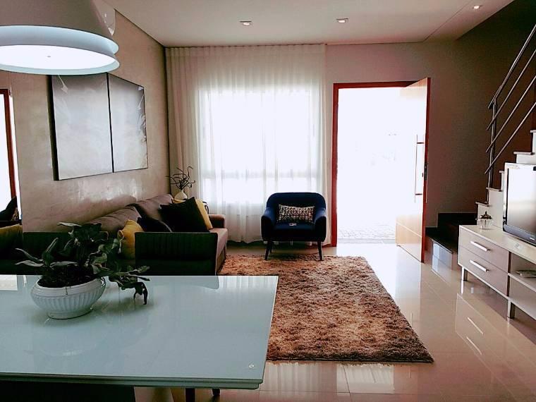 Casa Cond. Fechado  com 3 quartos sendo 3 Suítes no Ribeirão do Lipa, Cuiabá  - MT
