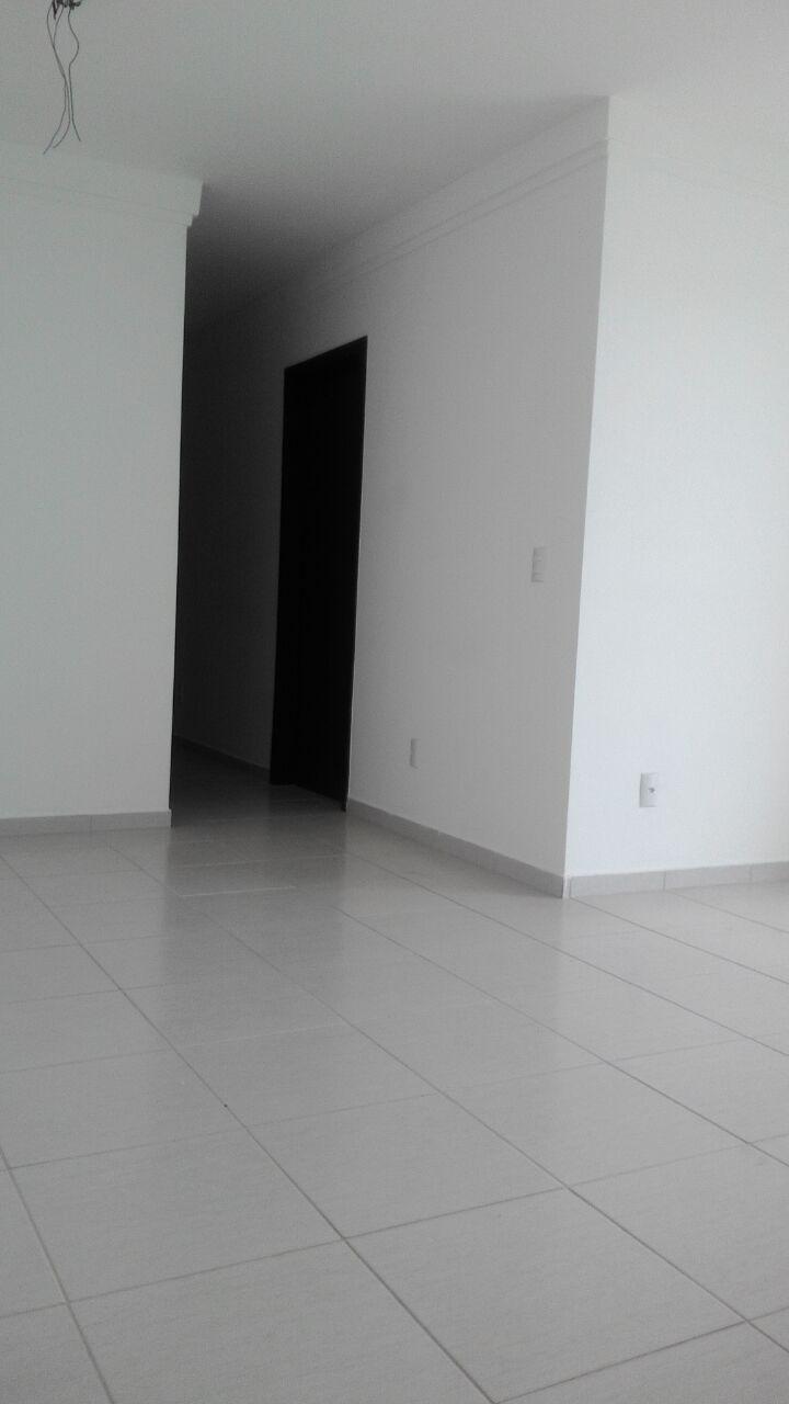Apartamento  com 4 quartos sendo 1 Suíte no Morada do Ouro, Cuiabá  - MT