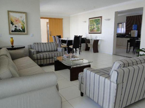 Casa Cond. Fechado  com 4 quartos sendo 4 Suítes no Despraiado, Cuiabá  - MT