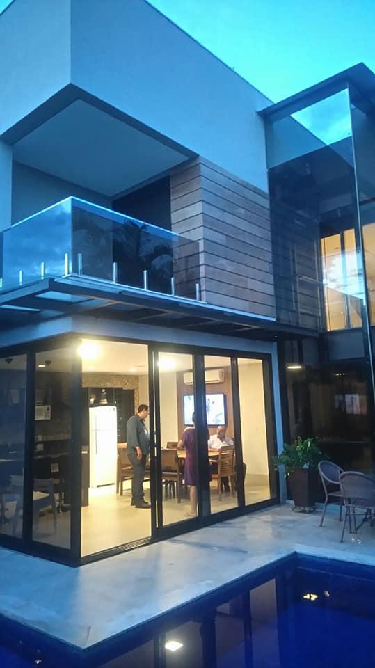 Casa Cond. Fechado  com 4 quartos sendo 4 Suítes no Jardim Itália, Cuiabá  - MT