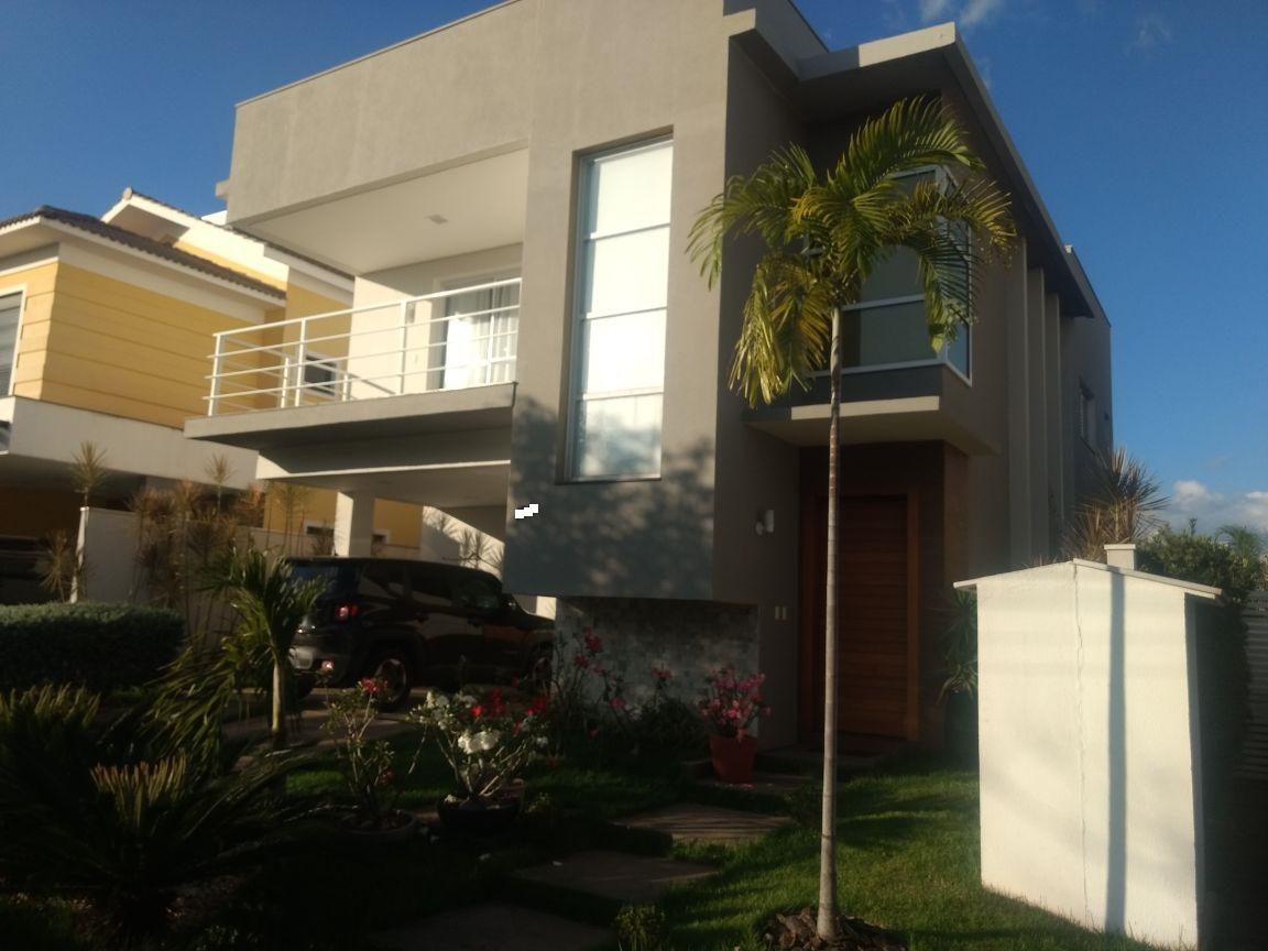 Casa Cond. Fechado  com 3 quartos sendo 3 Suítes no Jardim Itália, Cuiabá  - MT