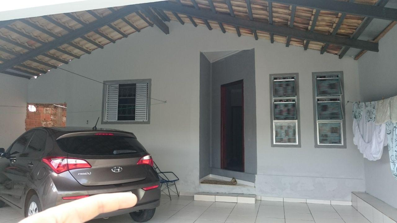 Casa  com 3 quartos sendo 1 Suíte no Residencial Coxipó, Cuiabá  - MT