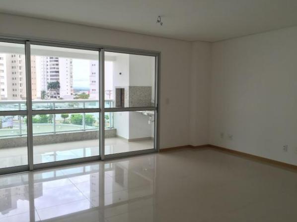 Apartamento  com 3 quartos sendo 3 Suítes no Dom Aquino, Cuiabá  - MT